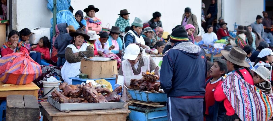 Straßenmarkt Paucartambo Peru