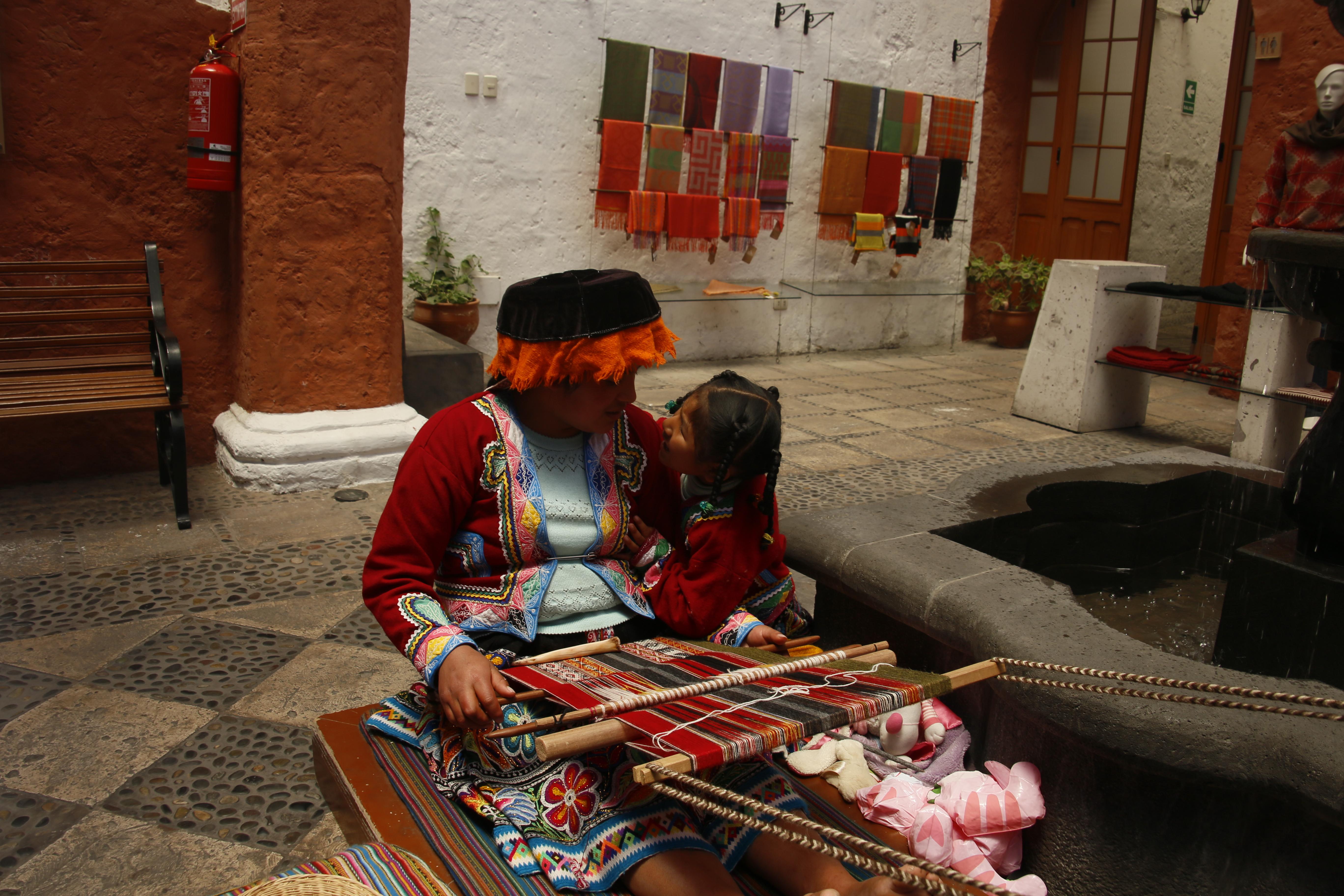 Indígena und Tochter Arquequipa 1 (c) Holzbrecher