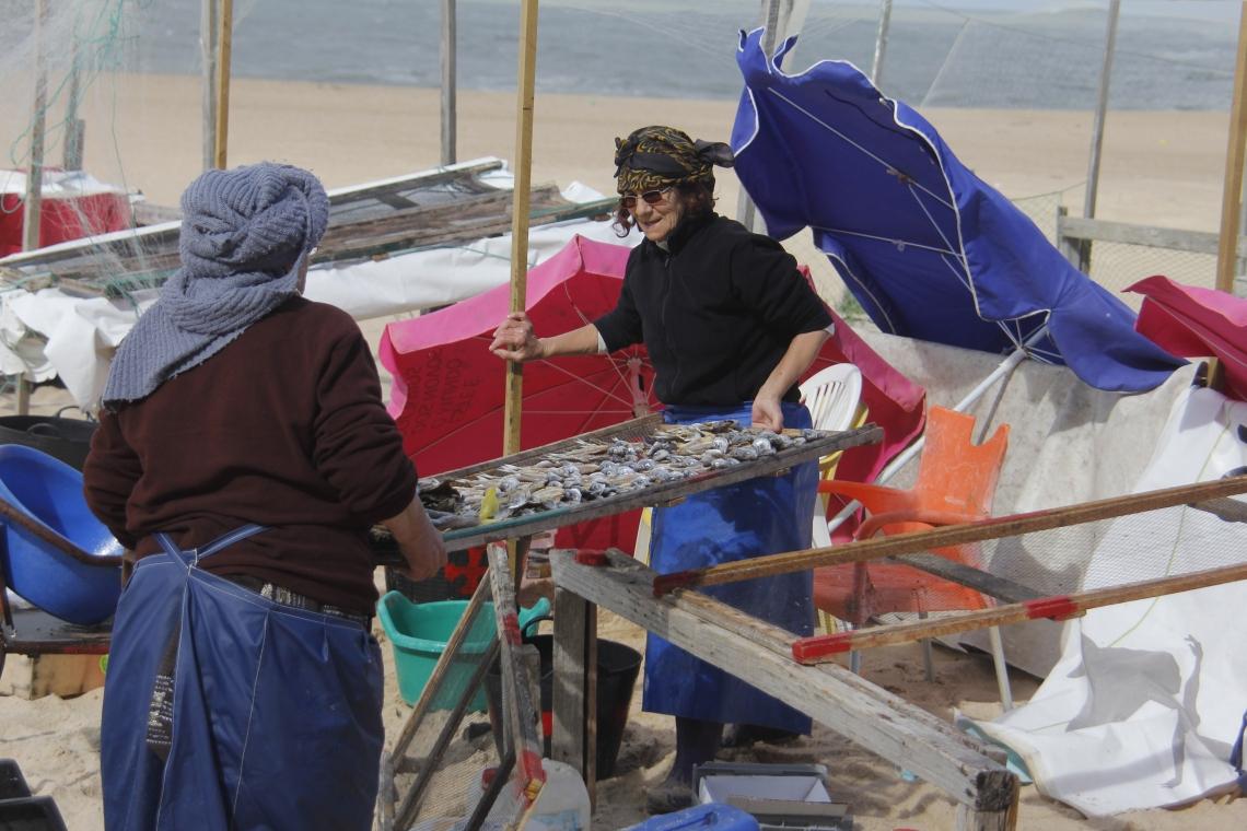 Fischerinnen Portugal (c) Holzbrecher